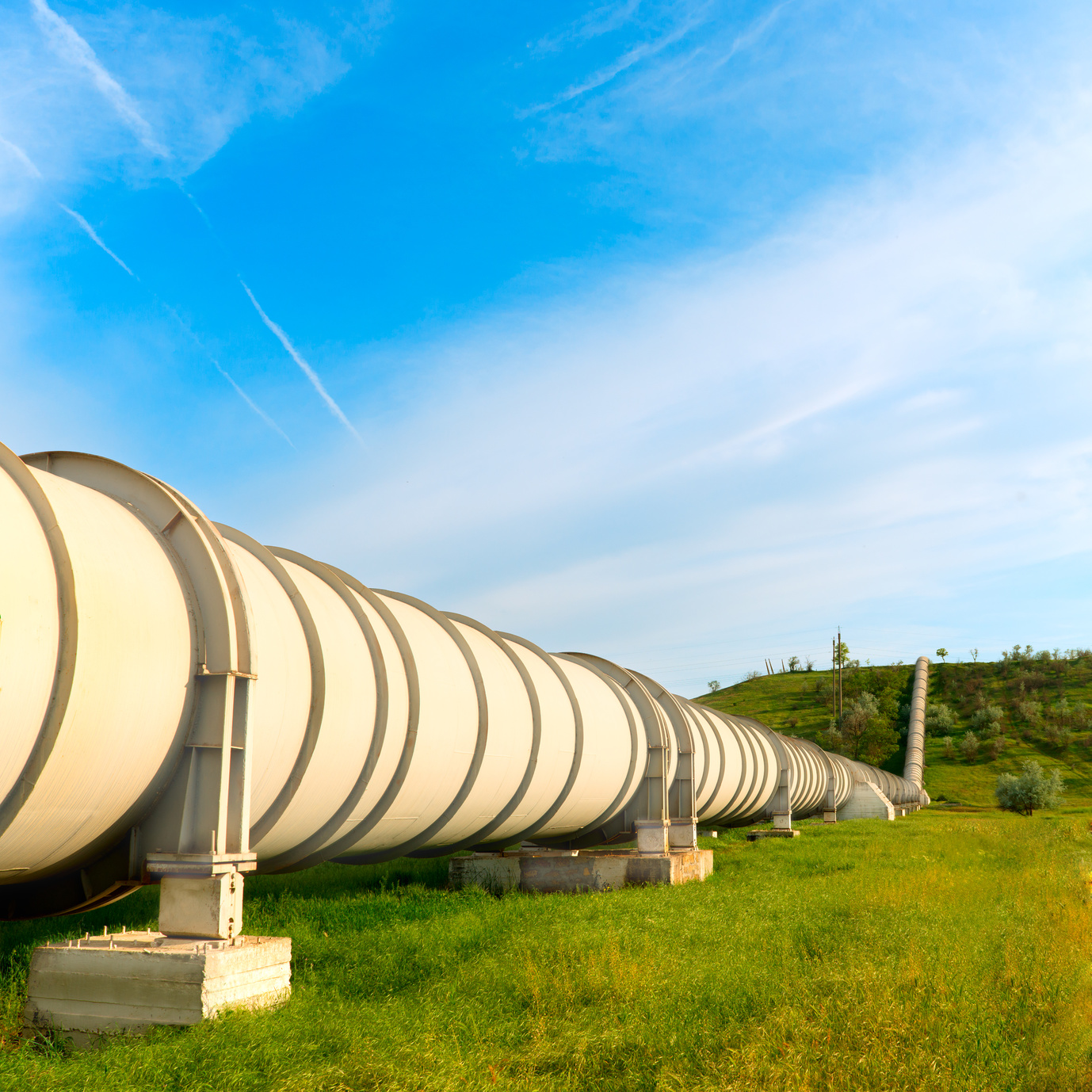Fotolia_52775842_High Pressure Pipeline_M