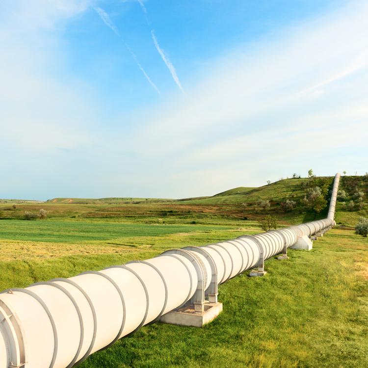 Fotolia_52775847_Pipeline-Web