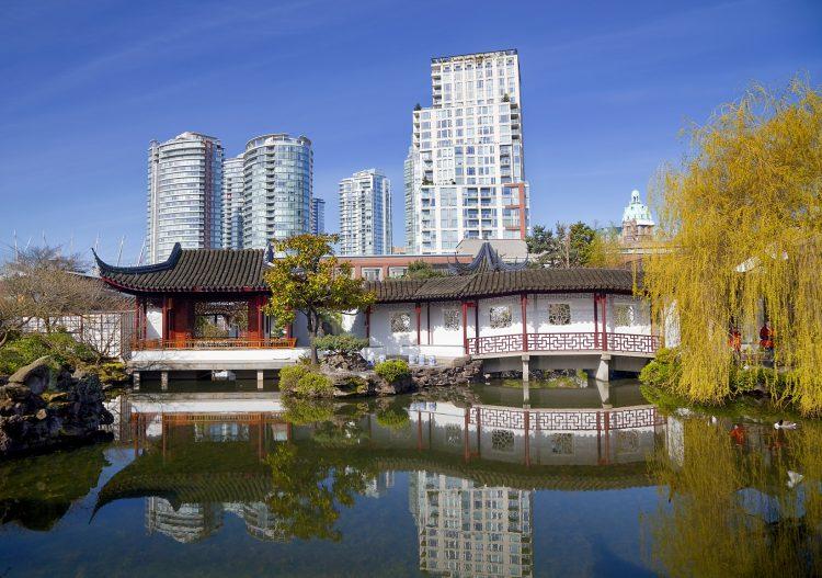 Fotolia_62270659_Chinese-Garden-Vancouver_M-e1476300209952