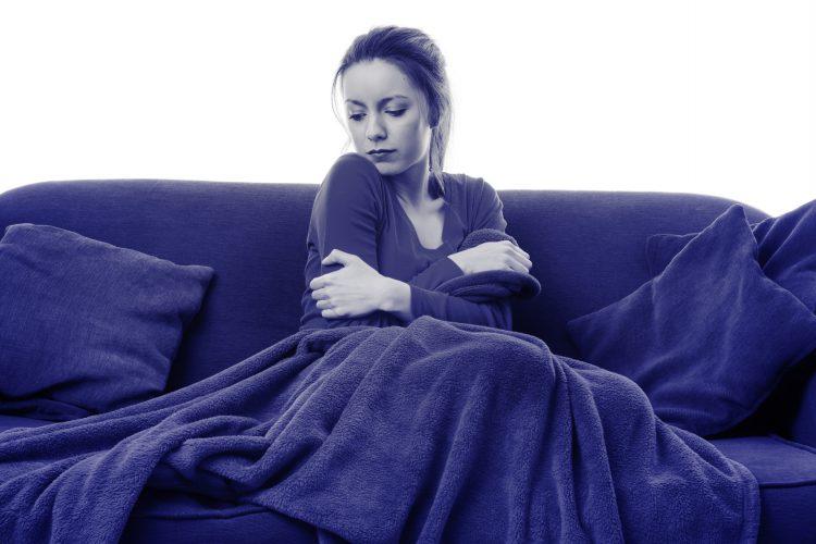 Fotolia_75435160_woman-cold-at-home_M-e1478269391513