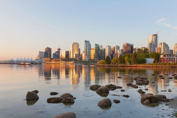 Fotolia_83332626_Vancouver-Morning-Skyline_M-e1464277605828