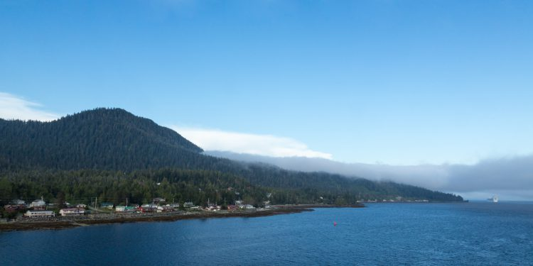 Fotolia_89802935_Leaving-Ketchikan_M-e1475252867616