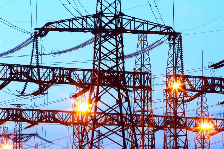 Fotolia_99799464_Electric-Substation_M-e1453761799410
