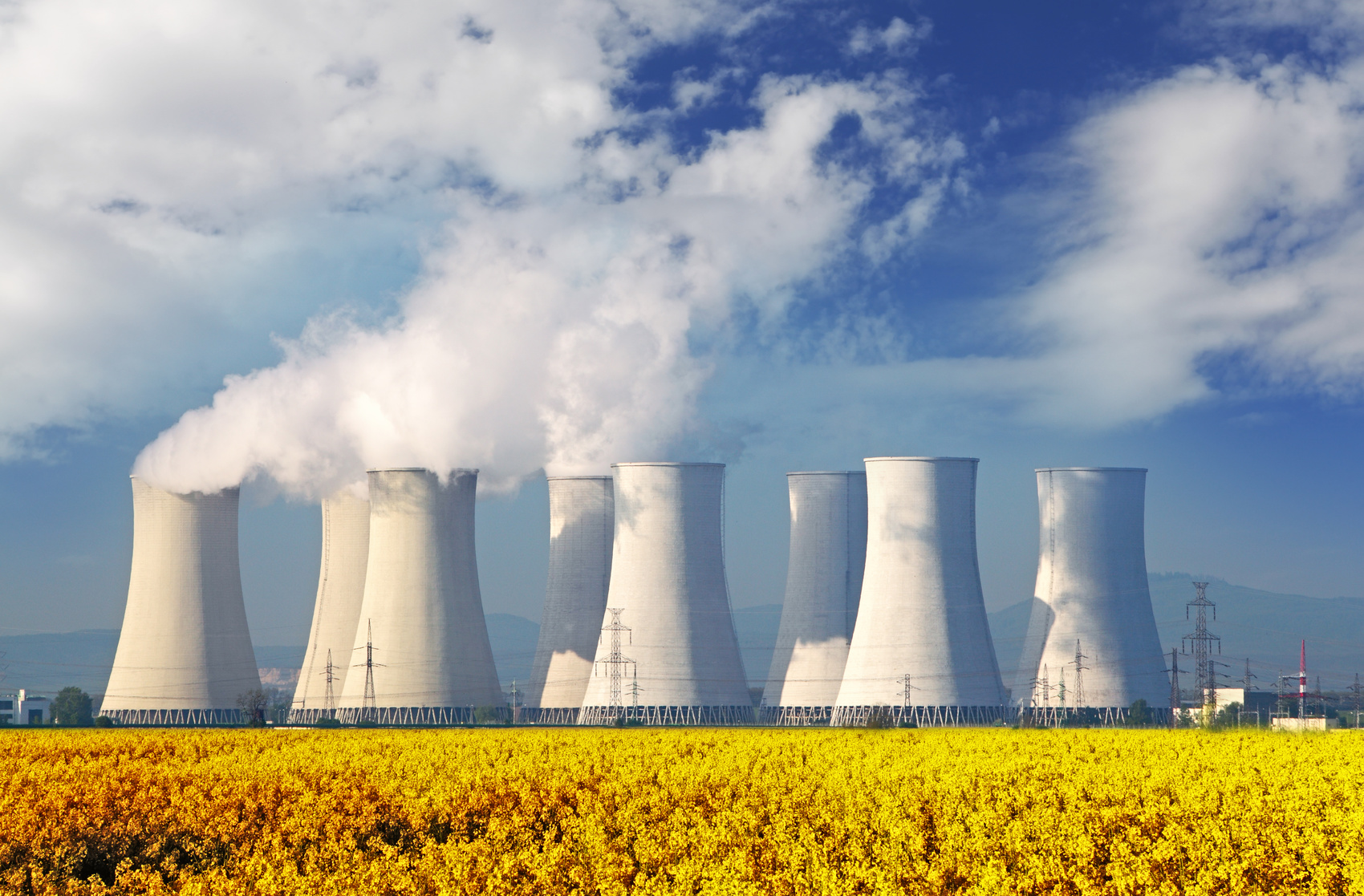 Fotolia_57871701_Nuclear Plant