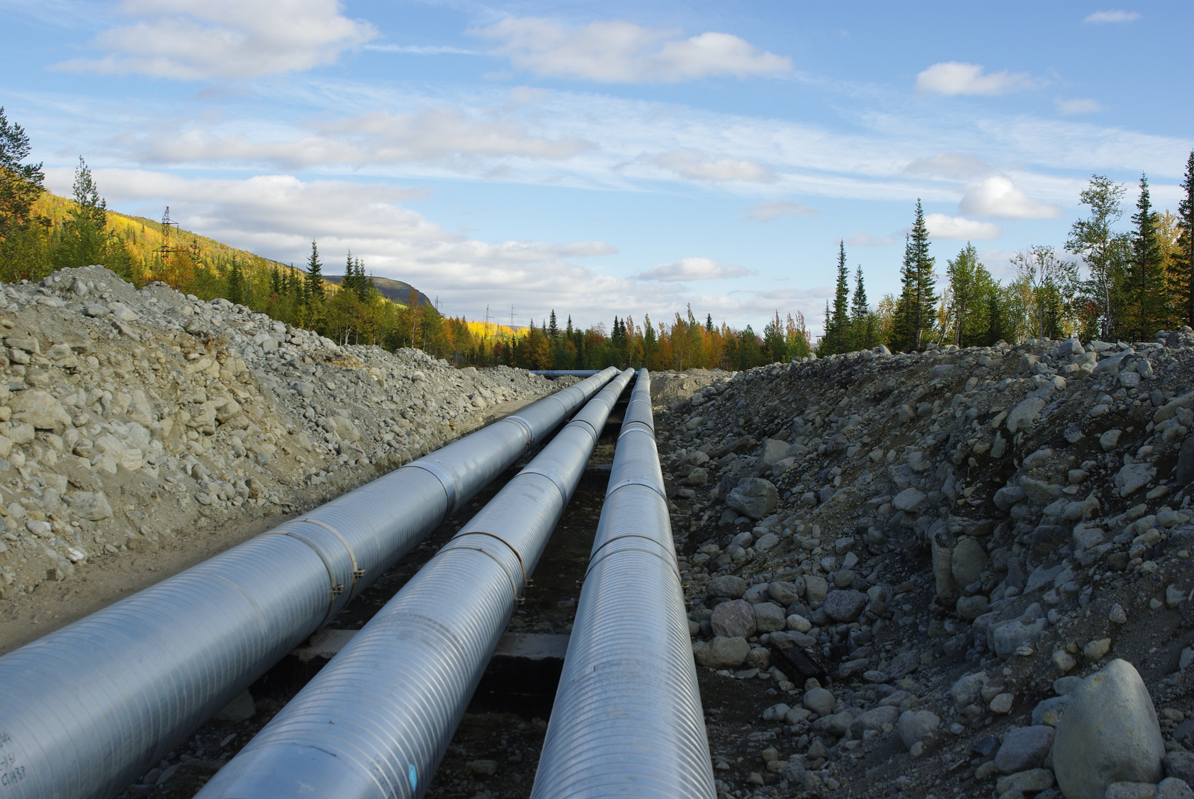 Fotolia_71186476_Pipelines_M
