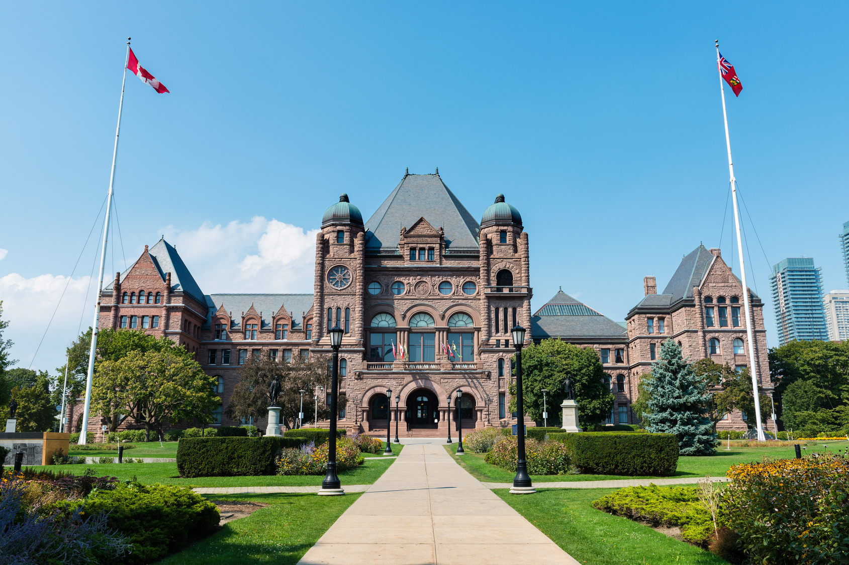 Fotolia_91821488_Ontario Legislature_M