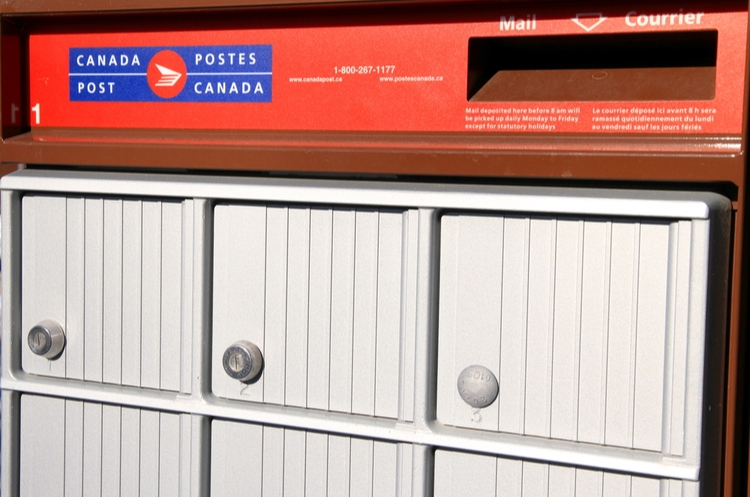 shutterstock_128462618_Canada Post_web