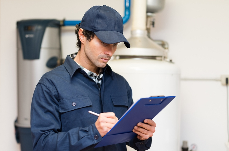 shutterstock_397699045_water heater repairman web