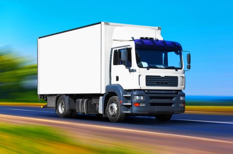 shutterstock_562767469_truck web