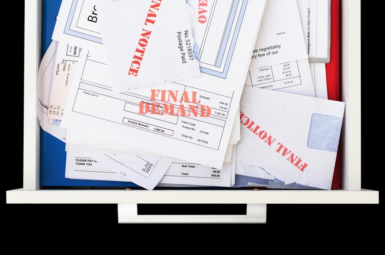 shutterstock_61702768_unpaid bills_web