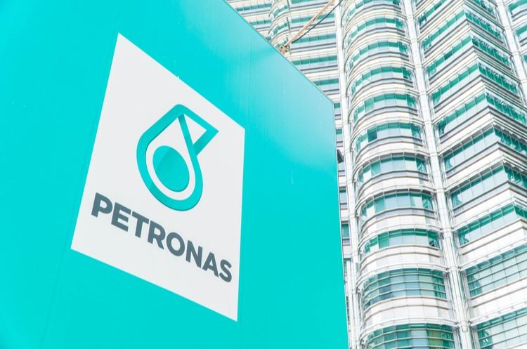 shutterstock_681247144_Petronas_web