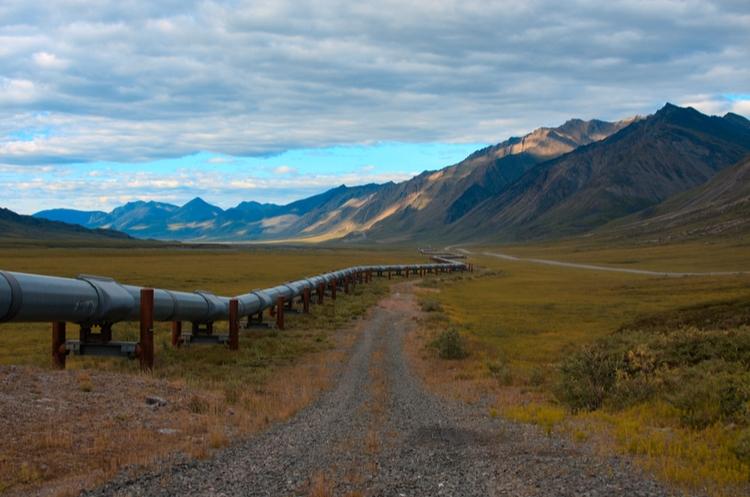 shutterstock_720683569_pipeline through mountain_web
