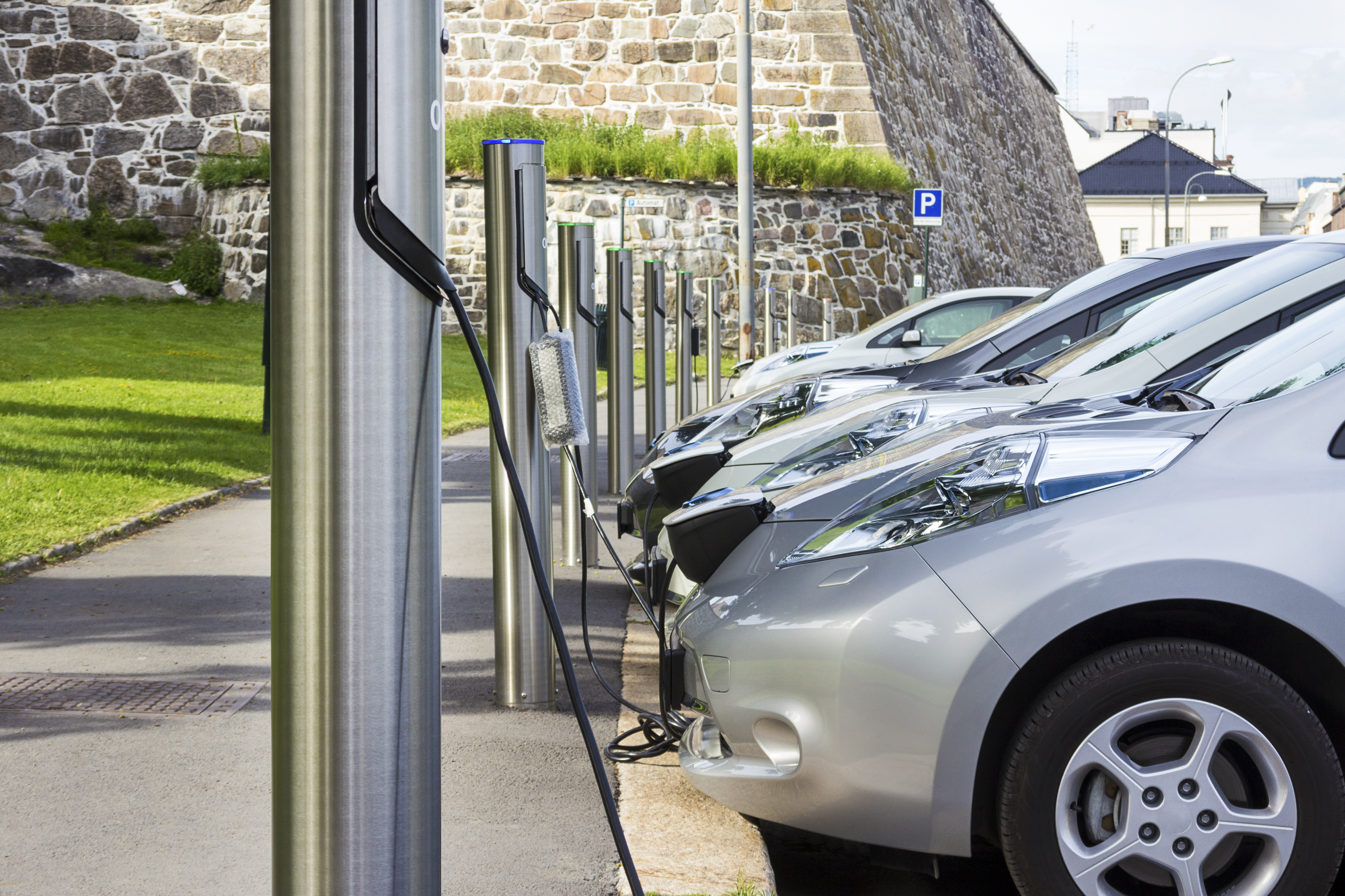 shutterstock_electric vehicle charging station