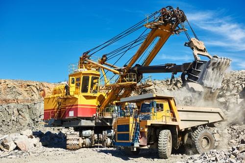 shutterstock_gold mining
