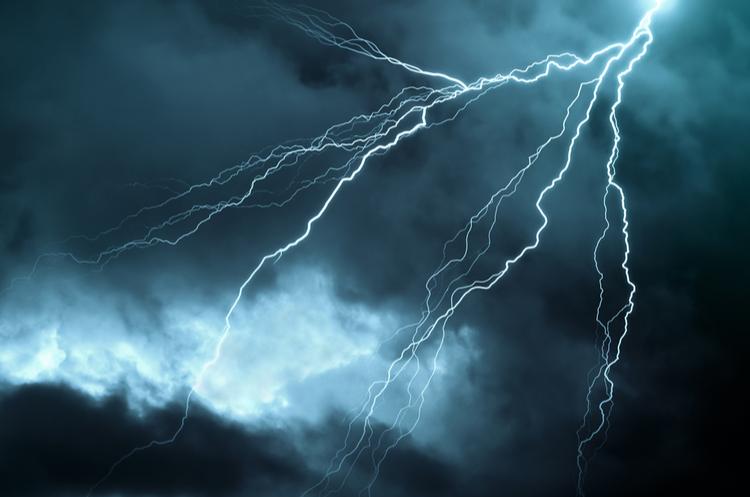 Lightening bolt in the sky
